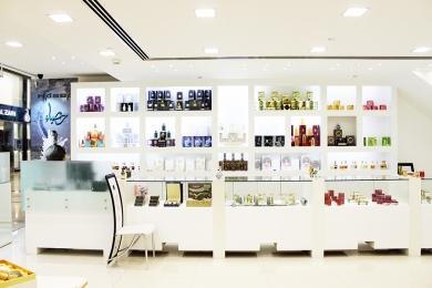 Reehat-Al-Atoor-Arabic-perfume-shop-3
